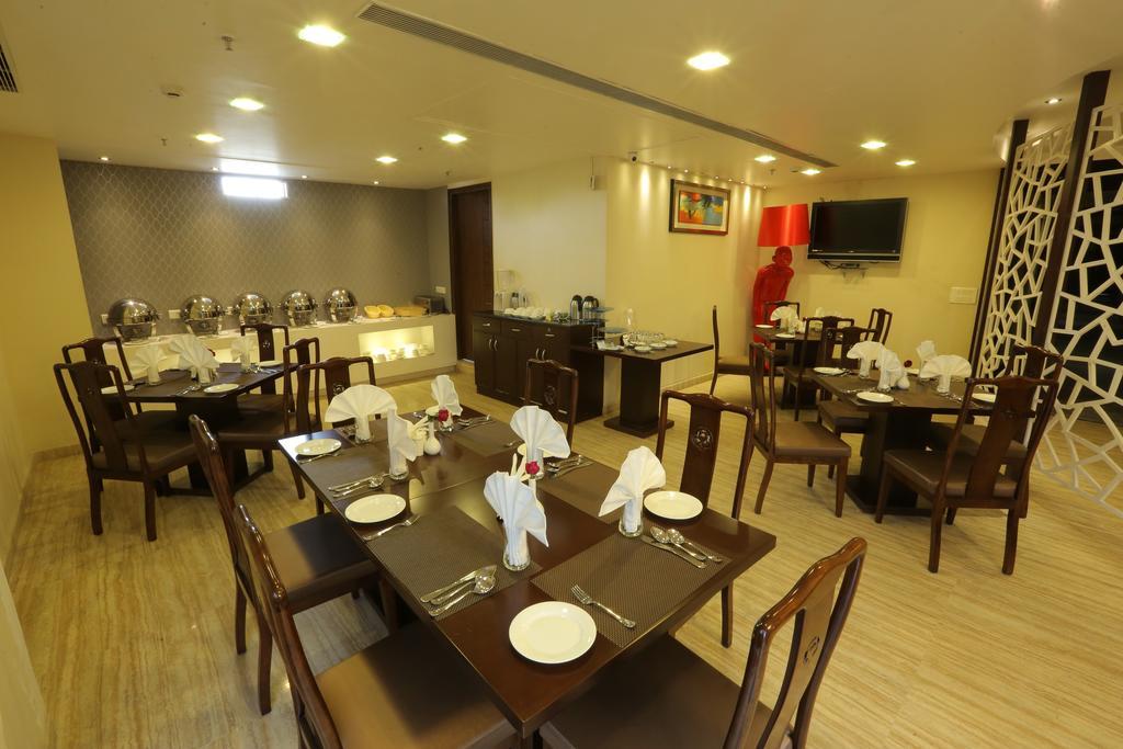 Spree Hotels Restaurant Image